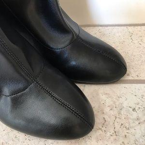 BCBGeneration Shoes - Bcbgeneration• Lilianna Stretch Midi Booties Black